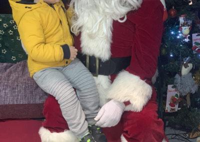 Sera Husky Santa (14)