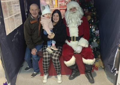Sera Husky Santa (42)