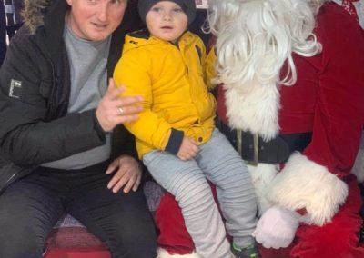 Sera Husky Santa (9)